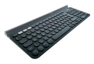 Test klawiatury Logitech K780