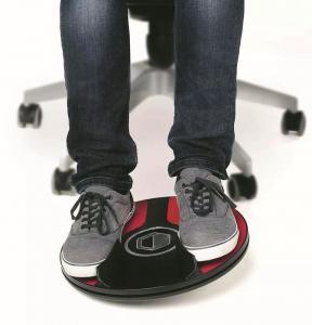 3dRudder to sposób, by poruszać postacią nie z pomocą kursorów lub gałek kontrolera, ale dzięki naciskowi nóg.