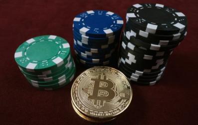 Bitcoin traci na wartości - dlaczego?