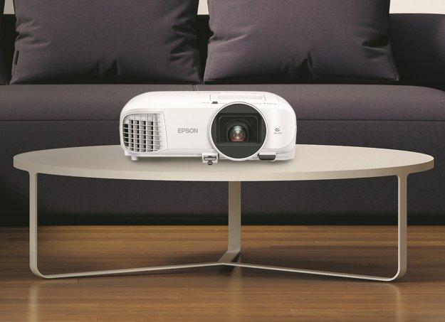 Epson EH-TW5700 Android TV – alternatywa dla telewizora