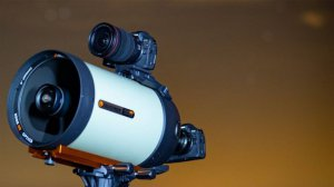Bezlusterkowiec do astrofotografii? Tak! Oto Canon EOS Ra
