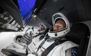 Astronauci dotarli do stacji kosmicznej