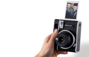 Fujifilm zaprezentował aparat fotograficzny Instax Mini 40